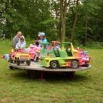 pro menší děti byl připraven dětský kolotoč