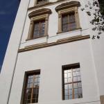 102_5820 Zámeček má všechna okna květen 2007