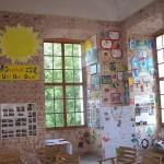 cela-vystavka-vytvarnych-praci-deti-v-1patre-ke-knoflikiade